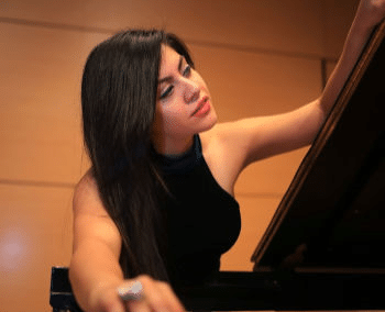 Ely Guest – Piano
